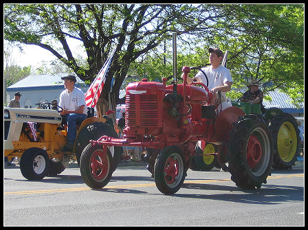 Memorial Day 2008: Tractors on Parade