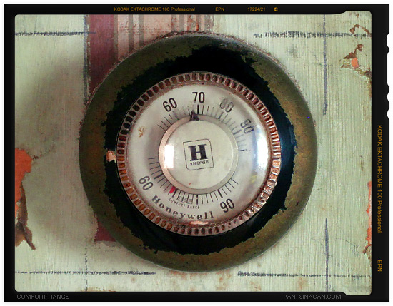 Honeywell T87 Thermostat